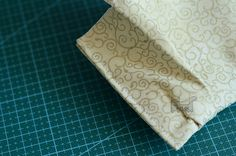 Tutorial: How to Make a Duct Tape Accordion Wallet