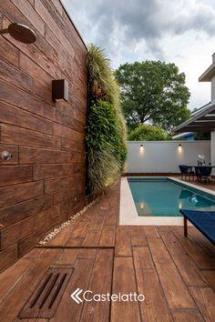 Small Backyard Pools, Backyard Pool Designs, Swimming Pools Backyard, Swimming Pool Designs, Backyard Patio, Small Indoor Pool, Pool House Decor, Modern Pool House, Piscina Rectangular