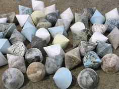 Anna Klimešová, Infinity II., 2005, 15 x 22 cm #clay #sculpture #infinity