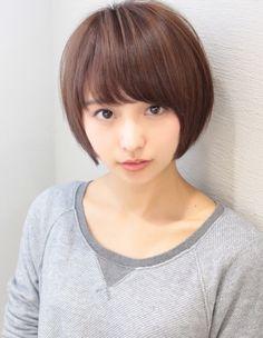 Short Bobs With Bangs, Bob With Bangs, Short Hair Cuts, Short Hair Styles, Cute Japanese, Japanese Beauty, Asian Beauty, Short Hair Plus Size, Kawaii Faces