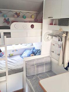 Das schwere Schicksal der Emma Knaus - Unser Wohnwagen muss auf sein Gewicht achten Blog Glücksfeder Camping Glamping Wohnwagen Renovierung Urlaub Gewichtskontrolle Knaus Wohnwagen-Makeover Dänemark