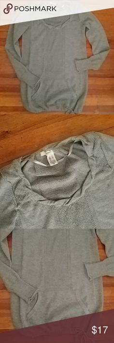 DKNY JEANS PULLOVER Gray long sleeve scoopneck with front hand warmer pockets and drawstring tie at waist. Light sparkles throughout. Size small. Never worn, like new condition Dkny Tops