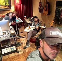 One republic One Republic, Pop Rock Bands, Cool Bands, Nirvana, Ryan Tedder, Eddie Fisher, Good Energy, Album, Mood
