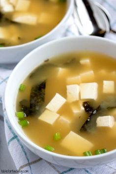 Easy 15 minute miso soup from www.tablefortwoblog.com