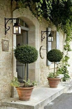 Lovely entrance