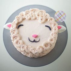 Make a super cute fluffy lamb cake with this simple cake decorating tutorial!