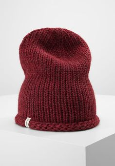 Levi's® SEASONAL - Hat - dark bordeaux for £29.99 (22/10/17) with free delivery at Zalando