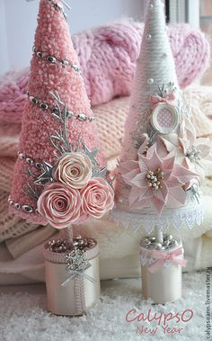 Cute And Adorable Pink Christmas Tree Decoration Ideas 22 Cute And Adorable . - Cute And Adorable Pink Christmas Tree Decoration Ideas 22 Cute And Adorable Pink Christmas Tree- - Tree Crafts, Christmas Projects, Holiday Crafts, Christmas Crafts, Christmas Ornaments, Christmas Christmas, Christmas Ideas, Vintage Christmas, Christmas Mantles