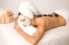 £19 for a 90 min bespoke pamper package with a complimentary £25 hand cream