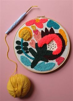 Punch needle workshops - chaumière oiseau www. Modern Embroidery, Hand Embroidery Patterns, Embroidery Art, Embroidery Sampler, Diy Broderie, Punch Needle Patterns, Textiles, Art Yarn, Yarn Projects