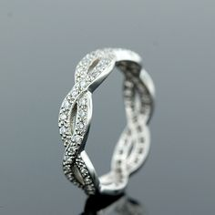 love this ring.....