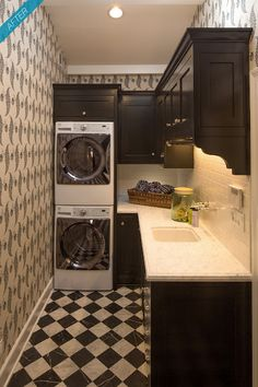 raenovate: LA dream kitchen, take 2!    Love this entire reno....all of it....laundry room, kitchen, outdoor...everything.