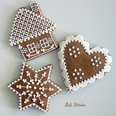 Sweetly adorable little Gingerbread Cottage Cookies. Christmas Gingerbread, Christmas Sweets, Christmas Cooking, Noel Christmas, Christmas Goodies, Gingerbread Cookies, Christmas Crafts, Gingerbread Houses, Gingerbread Ornaments