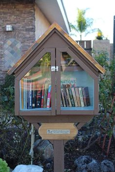 Mary Williamson Little Free Library #50309 San Diego, CA