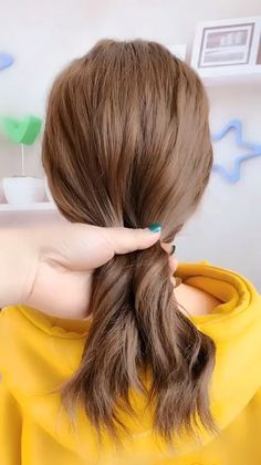 🌟Access all the Hairstyles: - Hairstyles for wedding guests - Beautiful hairstyles for school - Easy Hair Style for Long Hair - Party Hairstyles - Hairstyles tutorials for girls - Hairstyles tutorials Wedding Guest Hairstyles, Party Hairstyles, Hairstyles For School, Hairstyles Videos, Sleek Hairstyles, Braided Hairstyles, Beautiful Hairstyles, Layered Haircuts With Bangs, Cute Little Girl Hairstyles