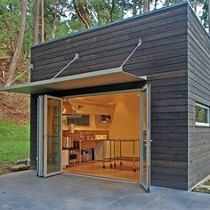 This is amazing. I'd love to have a little brew pub shed/garage whenever I get some land. So badass....: