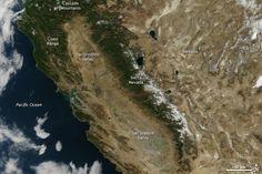 2013 was a dry year for California, but it has nothing on 2014 so far. January is on track to be California's driest on record  Si se bate récord tras récord, con eventos extremos que se hacen habituales, habrá que admitir que el cambio climático no es algo del futuro, sino que YA ha pasado.