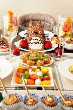 2歳のお誕生日パーティーアイデア☆盛り上がりそうなトトロのケーキ♪