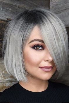 Best Hairstyles & Haircuts for Women in 2017 / 2018 : Our collection of easy summer hairstyles will help you to look drop dead gorgeou… Angled Bob Hairstyles, Bob Hairstyles For Fine Hair, Short Bob Haircuts, Hairstyles For Round Faces, Hairstyles Haircuts, Braided Hairstyles, Cool Hairstyles, Haircut Bob, Haircut Styles