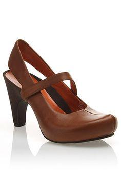 buy popular 38cf5 61d54 Looks like a comfy shoe for work Zapatos De Chicas, Zapatos Confortables De  Trabajo,