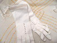Bianco, decorato, sfoderato lunghi guanti in pelle molto morbida, dimensione 6, Germania occidentale, lavabile / bianco sposa / 10,5 pollici