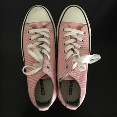 🌸 pink & white striped converse 🌸 I bought these a long time ago & only wore them once or twice. They've been in the box ever since. Please see all pics for condition of shoes. They have lots of wear left in them, as I've barely worn them. Please note the scuff marks on the front of the shoes & where I'm pointing  (I honestly don't know how they got there), the inside wear, & the very microscopic part on the right shoe where some rubber barely came off. Shoes come with box. Men's 5…