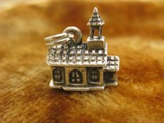 Charm - Sterling Silver - 3D Charms - Beau Sterling Church Charm - Church Building - Place of Worship - Religious