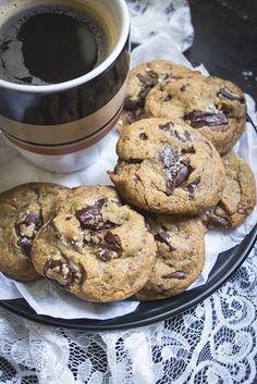 Izy's Best Ever Chocolate Chip Cookies - Sandra