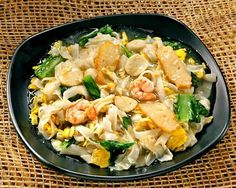 Kwetiao Siram The Right Man, Pasta Salad, Nom Nom, Journey, Ethnic Recipes, Food, Crab Pasta Salad, Essen, The Journey
