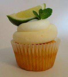 Muffins: Sommerliche Mojito Muffins (mit Limette + Minze)