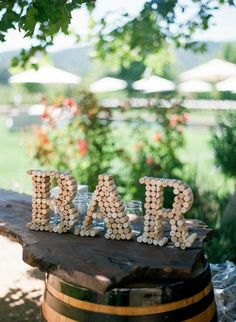 DIY Budget Wedding Decor Projects diy cork wedding sign - diy wedding ideas - wedding bar sign made of cork Homemade Wedding Decorations, Wedding Centerpieces, Decorations For Weddings, Wine Party Decorations, Homemade Wedding Invitations, Church Decorations, Wine Decor, Deco Champetre, Wine Cork Crafts