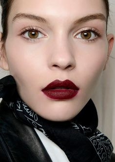 Best Easy Makeup Looks to Copy January | StyleCaster