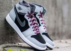 timeless design da6f0 4d3c6 AIR JORDAN 1 RETRO HIGH Womens Size 8 (6.5Y) GREY PINK New Sneakers Nike   fashion  clothing  shoes  accessories  womensshoes  athleticshoes  ad  (ebay link)
