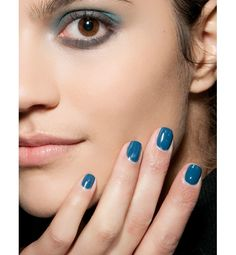 Why not match your nails to your shadow? http://glo.msn.com/beauty/manicure-mani-913-7378.gallery