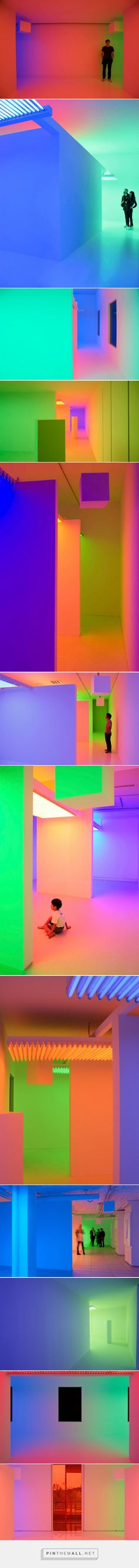 Chromosaturation: Interactive Art Installations by Carlos Cruz-Diez   Inspiration Grid