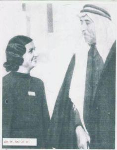 الشاعر العراقي معروف الرصافي والسيدة ام كلثوم.