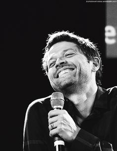Can we talk about how adorable Misha Collins is??  Yes, he's 40 and he's adorable.