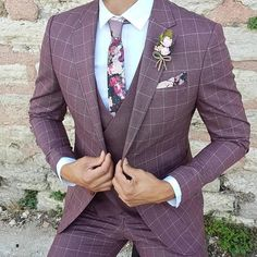 Mens Fashion Night Out Slim Fit Suits, Designer Suits For Men, Stylish Mens Outfits, Casual Outfits, Suit Vest, Mens Plaid Suit, Men Street, Mens Fashion Suits, Fashion Night