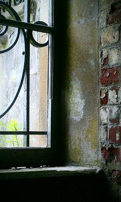Basement window in the Vanderbilt Mansion, Hyde Park, NY