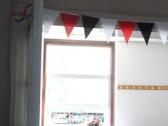 Easy to make bunting :-) Sequin mas to decorate :-)
