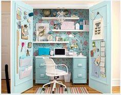 La oficina en el armario
