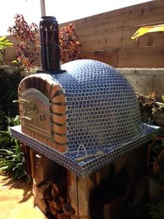 Outdoor Kitchen With Pizza Oven Design Ideas, Pictures, Remodel and Decor Diy Pizza Oven, Pizza Oven Outdoor, Outdoor Cooking, Pizza Ovens, Stove Oven, Kitchen Stove, Wood Fired Oven, Wood Fired Pizza, Outdoor Kitchen Plans