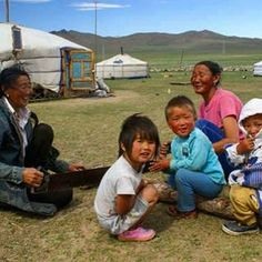 Moğolistan steplerinde lokal bir aileye konuk olun. Ger adı verilen çadırlarda onlarla teknolojiden, kaostan uzak doğa ile başbaşa bir hafta geçirin. Ruhunuzun üzerindeki kurumların temizlendiğini hissedeceksiniz. #varunagezgin #varunagezgindünyayıgezdiriyor
