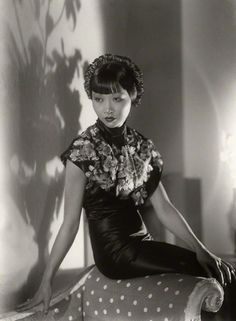 1933 Anna May Wong--decaying hollywood amnsion's