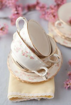Dainty cups