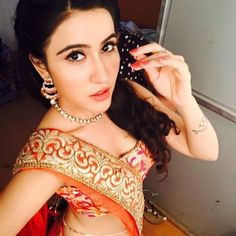 (Star Bharat) Kartik Purnima TV Serial Cast & Crew, Roles, Release Date, Story, Trailer. Kartik Purnima is a Television Serial Aired on Star Bharat Selfies, Bra Size 32, First Tv, Star Cast, Hair Color For Black Hair, Famous Celebrities, Net Worth, Eye Color, Body Measurements