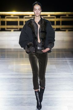 Foto HAHW201415 - Haider Ackermann Herfst/Winter 2014-15 (1) - Shows - Fashion - VOGUE Nederland