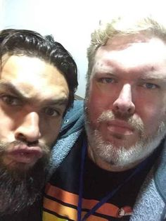 "Hodor taking a selfie with the ressurected Khal Drogo: | Seeing The ""Game Of Thrones"" Cast As Normal Humans Is Still Completely Mesmerizing"