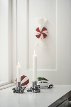 Christmas styling First Love, Wish, Merry Christmas, Candle Holders, Chrome, Shapes, Candles, Instagram, Design