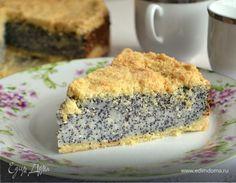 Начинка ну просто фантастическая! Пирог высокий, аппетитный, большой) мне всегда в выпечке нравится сочетание нежных и хрустящих текстур! Очень рекомендую этот рецепт для всех любителей творожников...
